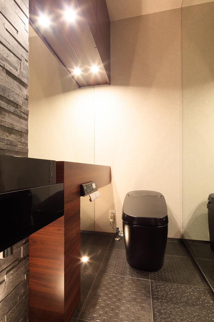 SIBUSAWA STYLE CONCEPT HOUSE 2F トイレ