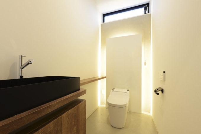 シブサワスタイル 美容室 ヘアサロン トイレスペース