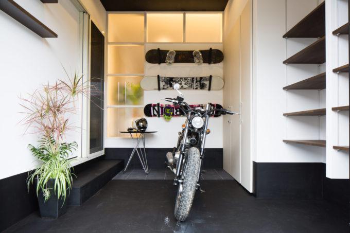 シブサワスタイル 注文住宅 バイクガレージ
